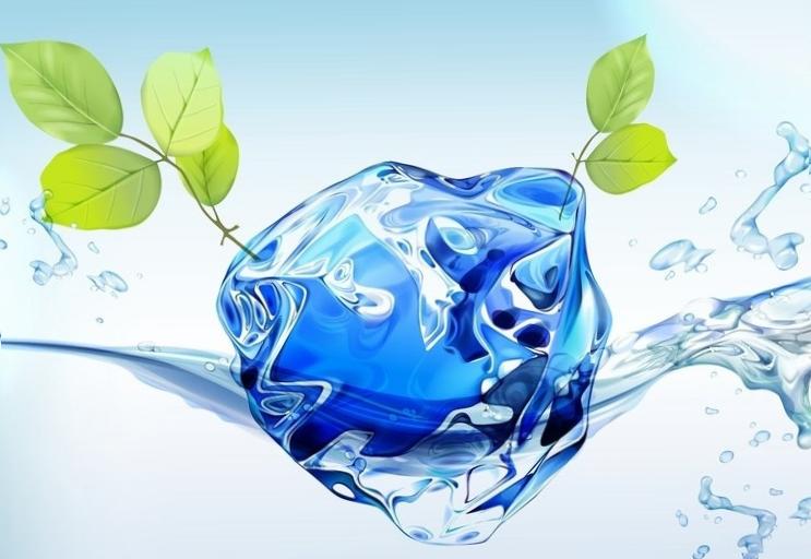 Кристалл льда в чистой воде